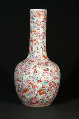 Mille fleur gedecoreerd Chinees porselein vaas, Qing dynastie keramiek