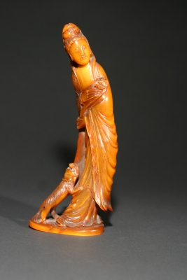 Horn sculpture Bodhisattva Guanyin, Qing dynasty works of art