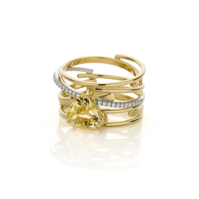 Ring with yellow corundum and diamonds