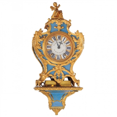 A French Regence Ormolu-Mounted Blue Horn Bracket Clock on Wall Bracket, Julien Le Roy circa 1735