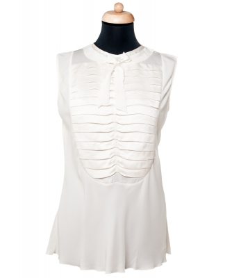 Chanel White Silk Sleeveless Pleated Bow Blouse