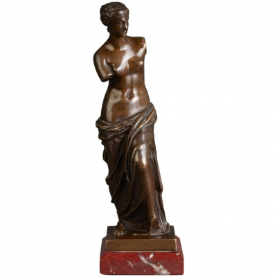 A French cast and patinated bronze sculpture of Venus, circa 1900