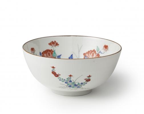 A rare Japanese Kakiemon porcelain bowl