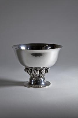 Georg Jensen, Sterling Silver Centerpiece 'Model 197A', designed 1916, executed 1945-1951 - Georg Jensen