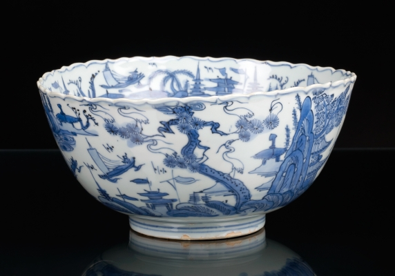 Bowl of the Ming Period Decorated with Landscapes and Cranes, China Jiajing
