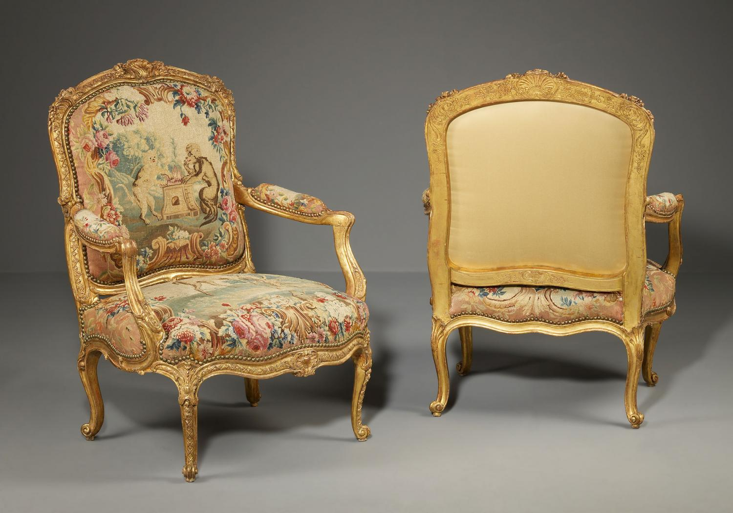 deux fauteuils d 39 epoque louis xv attribu jean jacques. Black Bedroom Furniture Sets. Home Design Ideas