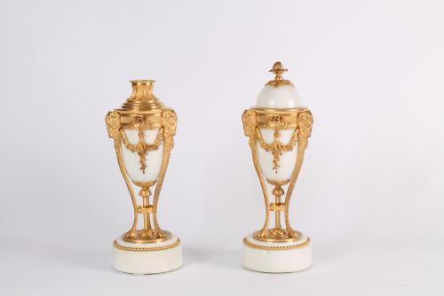 A pair French Louis XVI-style gilt bronze and marble urns of 'double usage' circa 1870